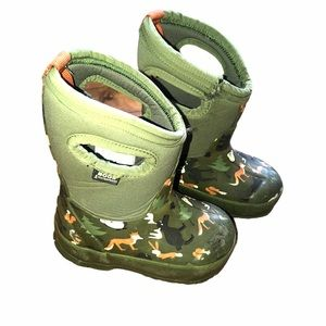 Boys 6T Winter Bogs -40 Rated